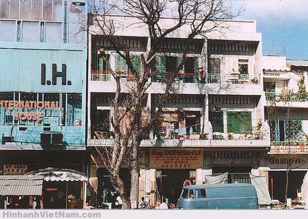 Tòa nhà Quốc Tế, đường Nguyễn Huệ 1969