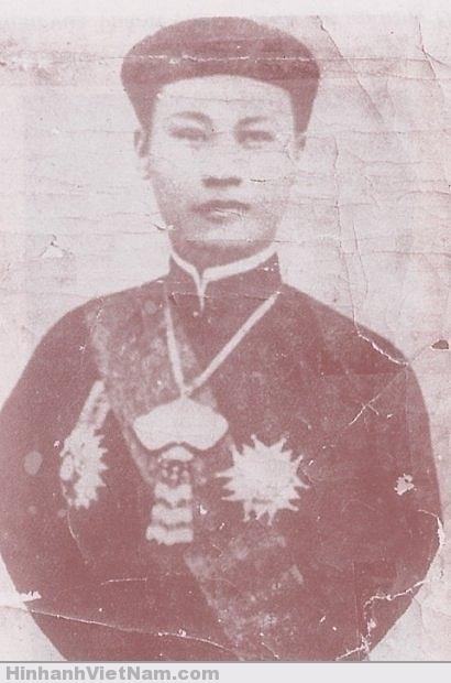 Vua Thành Thái trong lúc bị đày bên đảo Réunion