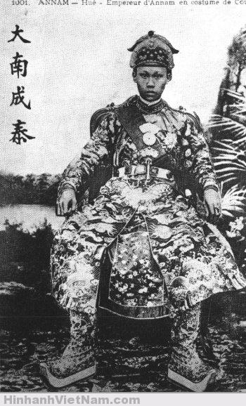 Vua Thành Thái trong triều phục