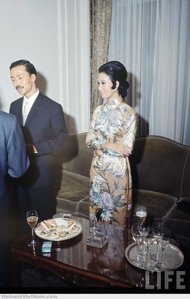 vợ ông Nguyễn Cao Kỳ