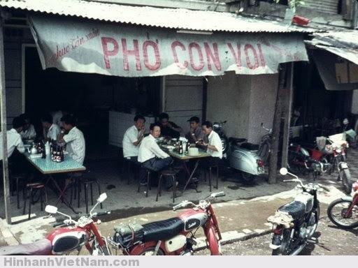 Phở Con Voi - cũng là một quán nhậu khá nổi tiếng