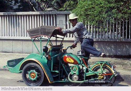Xe xích-lô máy Sài Gòn