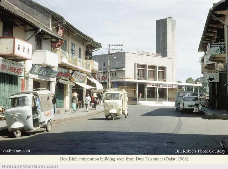 Chợ Hòa Bình nhìn từ phía đường Duy Tân 1968