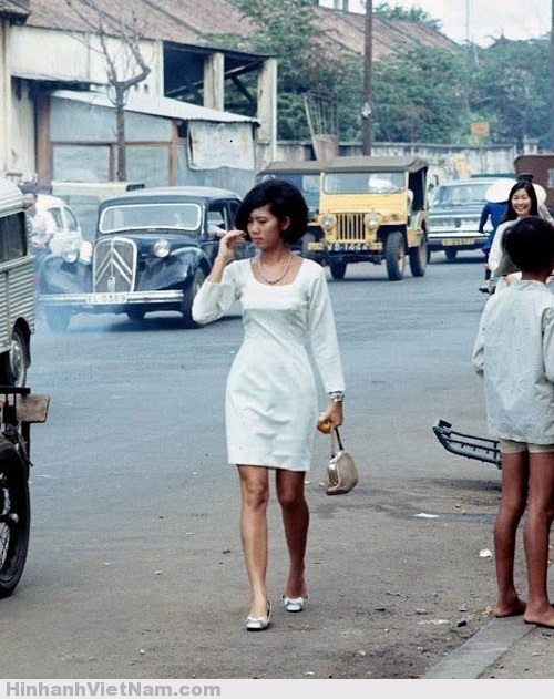 Phụ nữ Sài Gòn xưa với phong cách thời thượng