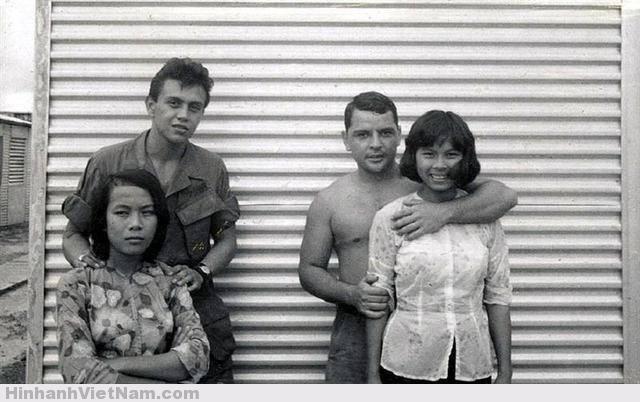 Lính Mỹ dễ dàng tìm được tình nhân là các cô gái Việt Nam có hoàn cảnh khó khăn, không có gia đình.