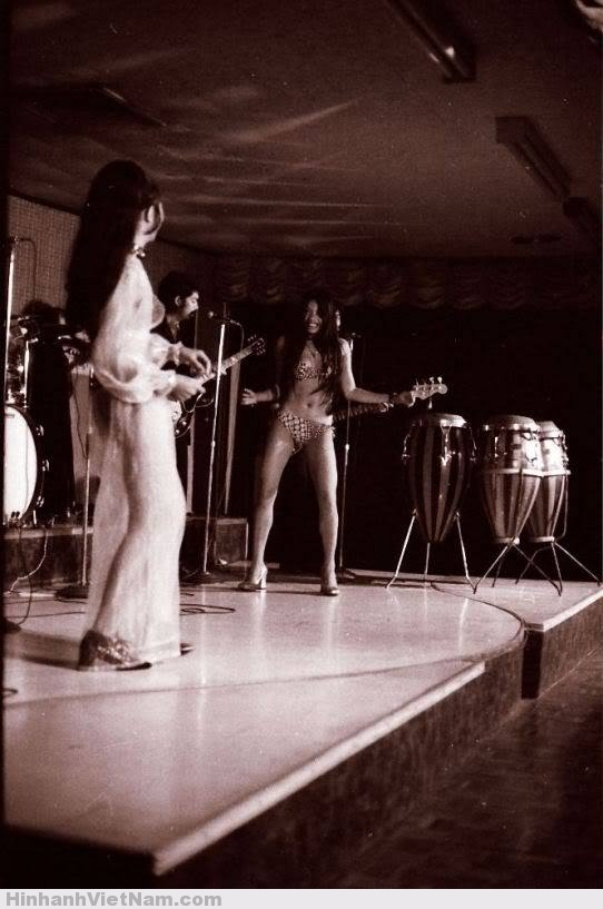 gai diem - gai goi sai gon - cave vietnam xua - ban dam truoc nam 1975 (5)