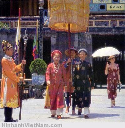 phm Dong duong - viet nam thoi nha nguyen (1)