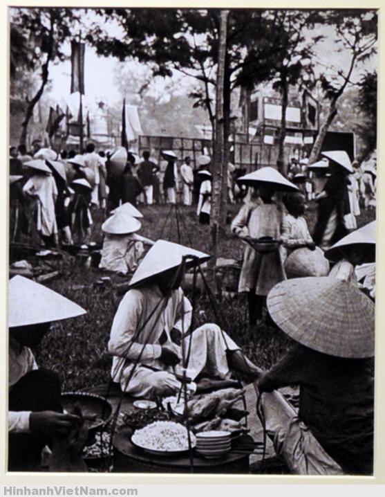 Cuộc sống Việt Nam hơn 100 năm trước