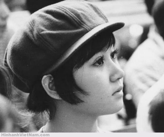 Vẻ đẹp hiện đại của quý cô Sài Gòn xưa