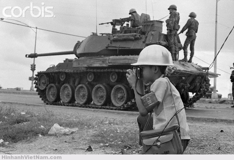 Lỗ Mạnh Hùng - Phóng viên chiến trường nhỏ tuổi nhất Sài Gòn trước 1975