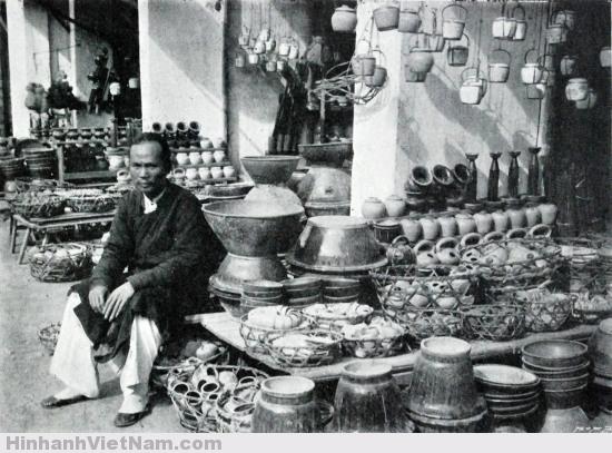 Ảnh hiếm : Kế sinh nhai trên phố ở Việt Nam năm 1900