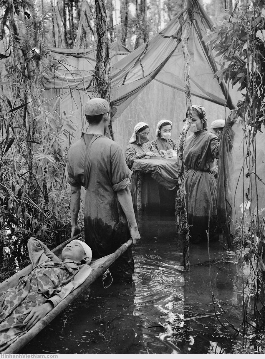 Những hình ảnh chụp trong điều kiện bí mật chưa từng công bố về chiến tranh Việt Nam