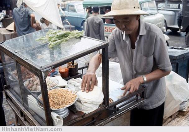 """Món ăn """"chơi"""" thịnh hành của dân SG từ xưa đến nay: Bò bía"""