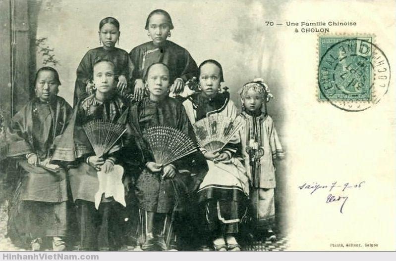Một gia đình người Hoa ở Chợ Lớn