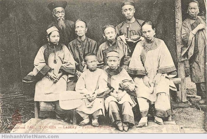 Một gia đình người Hoa ở Lào Kay