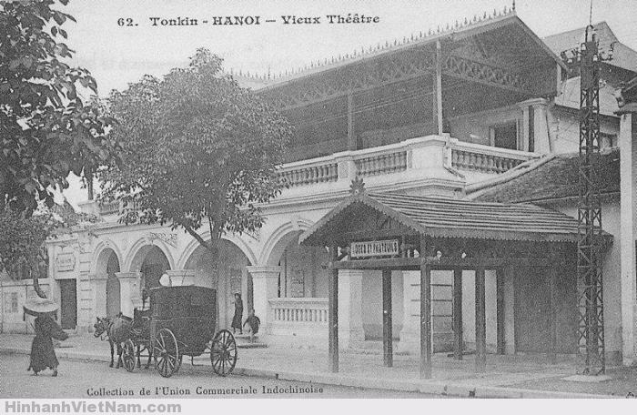 Nhà hát xưa