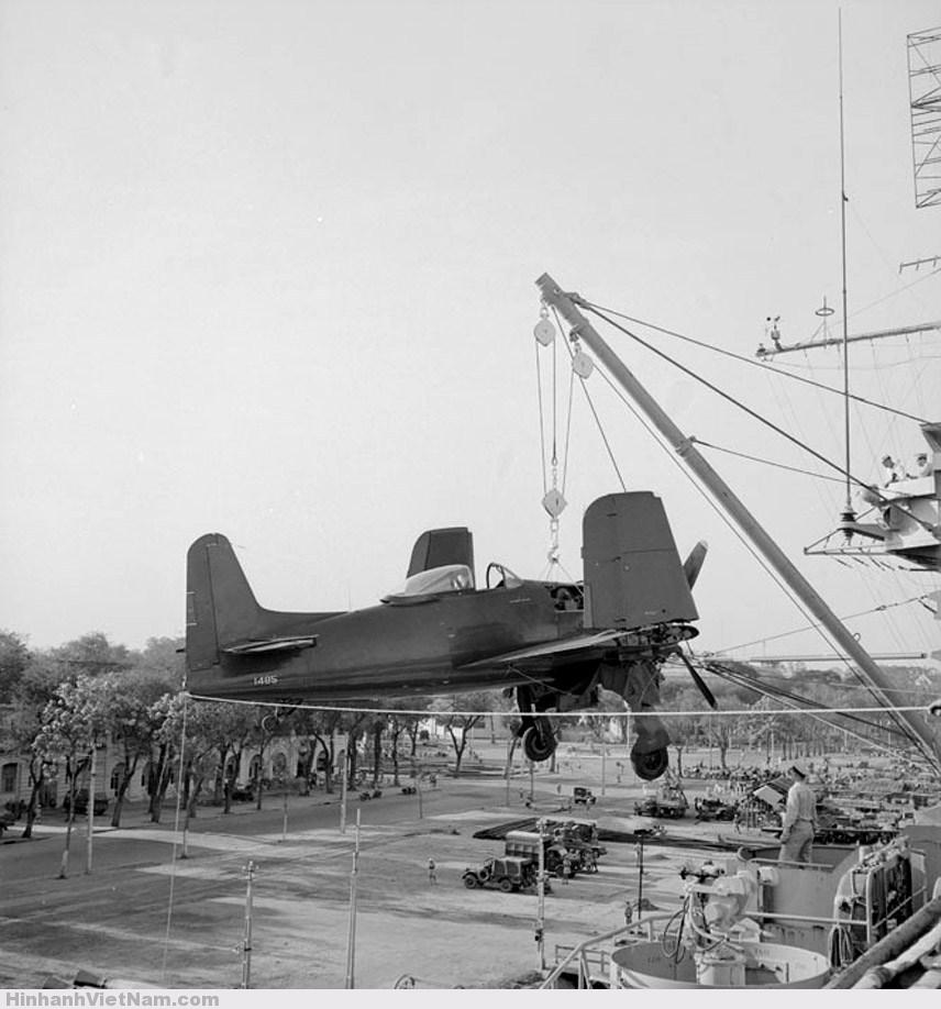 Những chiếc máy bay chiến đấu đầu tiên của Mỹ ở Sài Gòn