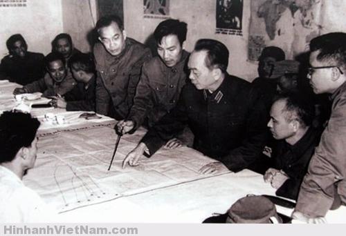 Ảnh hiếm về Đại Tướng Võ Nguyên Giáp (1954 - 1975)